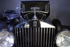 bond cars and vehicles James Bond, Vintage Cars, Antique Cars, Bond Cars, Classic Cars, Museum, Vehicles, Finger, Amazing