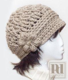 bulky yarn cloche hat with flower