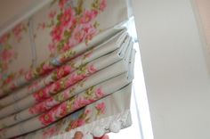 Best tutorial I've seen yet for making your own roman blinds.