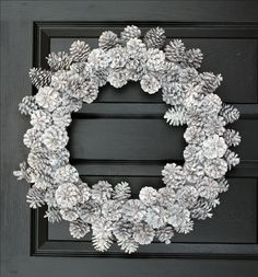 Ghirlanda di Natale bianco invernale di Pinecons di WeLoveWreaths, $80,00