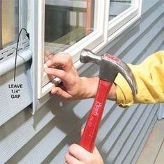Vinyl Siding Repair, Porches, Vinyl Siding Installation, Vinyl Window Trim, Remodeling Mobile Homes, Diy Home Repair, House Siding, Metal Homes, Home Repairs