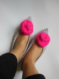 Pointed Toe Flats - Gray women's slippers- Knitted slippers - Gift for her - Gift Wrapping - Neon Pink Roses - NENAKNIT - Ready to Ship