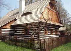 Výsledek obrázku pro roubenky Traditional House, Cottages, Houses, Cabin, House Styles, Plants, Group, Home Decor, Chalets