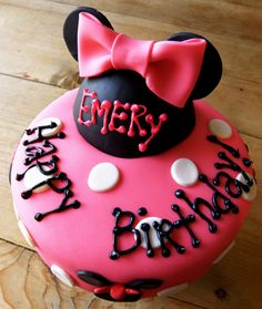 minnie mouse 8inch round smash cake
