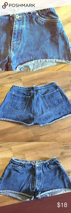 "Vintage frayed denim shorts 90s shorts!! Size 9, brand is ultra pink, 100% cotton denim shorts - laying flat waist measures 15"" Vintage Shorts Jean Shorts"