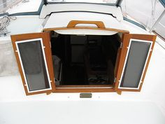 DIY hatch doors with screens/plexi, and a handle on the overhead sliding hatch cover, on a Pearson 365