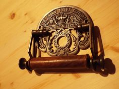 The Crown - Toilet Roll Holder in Cast iron / Wood - Powder Room Toilet Paper Holder