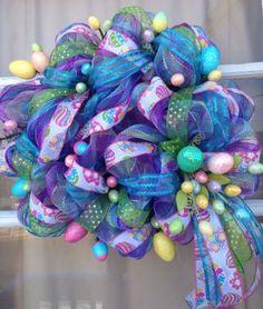 Beautiful wreaths for every door! Wreath Crafts, Diy Wreath, Burlap Wreath, Wreath Ideas, Easter Wreaths, Holiday Wreaths, Holiday Crafts, Summer Wreath, Spring Wreaths
