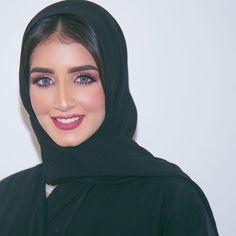 Hijab Turban Style, Mode Turban, Hijab Fashion Summer, Modest Fashion Hijab, Hijab Makeup, Egyptian Beauty, Arab Girls Hijab, Muslim Beauty, Hijab Fashion Inspiration