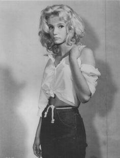 Yvette Mimieux: as Lorinda Nibley in Platinum High School Sherry Jackson, Golden Age Of Hollywood, Classic Hollywood, Old Hollywood, Hollywood Icons, Merle Oberon, Yvonne Craig, Sandra Dee, Shirley Jones