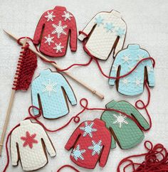 Peggy Porschen's Christmas jumpers cookies recipe - Photo 1