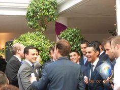 Qué bonita imagen de nuestros alumnos en los previos al Acto de Graduación 2012