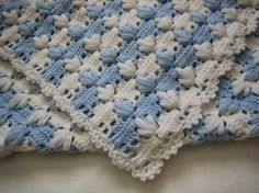 How to Manta for Baby Yarn Crochet - Wonderful Place - Online Video - Crochet yarn - met video Crochet Afgans, Baby Afghan Crochet, Manta Crochet, Baby Afghans, Crochet Crafts, Crochet Yarn, Crochet Hooks, Crochet Projects, Crochet Blankets