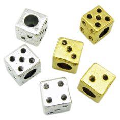 Stöbern Sie in unserer European Großloch Schmuck Kategorie nach kompatiblen Schmuckstücken wie Armbändern, Ketten, Ringen, Beads und Dangles.