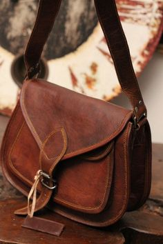 Womens Handmade Goat Natural Leather Messenger cross body bag purse