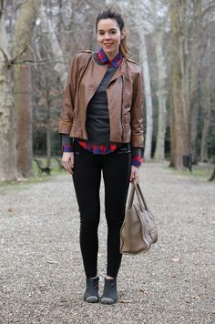 outfit in brown and red :)    #celine #bag #boston #outfit #streetstyle #lool    www.ireneccloset.com