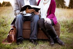 The God-Centered Marriage Conference. A FREE resource for struggling Christian marriages. Healthy Marriage, Healthy Relationships, Successful Relationships, Happy Marriage, Good Books, Books To Read, Reading Books, Reading Lists, Bae Quotes