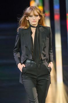 40 Styling Tricks to Steal From the Spring 2015 Runway | StyleCaster