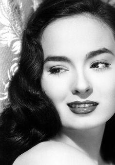 Ann Blyth (1928-)