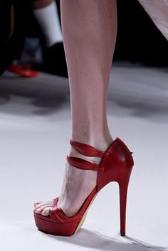 Red Elie Saab shoes.#Repin By:Pinterest++ for iPad#