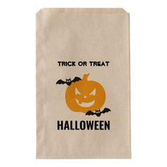 #affiliatelink #promo Halloween pumpkin and bats favor bag #halloween #pumpkin #halloween #pumpkin #favorbag #halloweenfavors #halloweenparty #halloween #halloweenentertaining #zazzle Scary Halloween Pumpkins, Halloween Party Favors, Scary Pumpkin, Halloween Entertaining, Favor Bags, Holiday Cards, Art For Kids, Notebooks, Journals