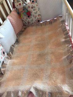 Купить Валяный плед-одеяльце для маленькой Принцессы. Двухсторонний - для детей, для девочки, детский плед