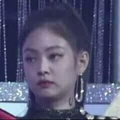 the face your mom makes when you get home late Blackpink Funny, Memes Funny Faces, Funny Kpop Memes, Stupid Memes, Memes Blackpink, Jokes, Yg Entertainment, K Pop, Playlists