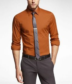Nice color for fall and vol country lol autumn Formal Dresses For Men, Formal Men Outfit, Formal Shirts For Men, Business Casual Men, Men Casual, Moda Formal, Gentleman Style, Mens Clothing Styles, Stylish Men