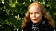 Zu Besuch bei der Deutschen Weinkönigin 2013 - Report bei HOTELIER TV: http://www.hoteliertv.net/weitere-tv-reports