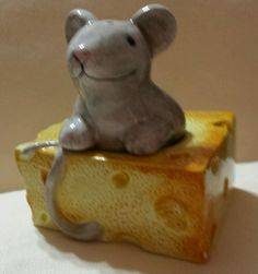 Mouse and Swiss Cheese Salt and Pepper Shakers