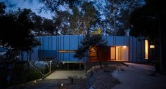 Located adjacent to mature Angophoras and rock outcrops on a northerly sloping site overlooking Brisbane Water on the Central Coast of NSW a grafted extension projects towards the horizon. Inspired by the natural beauty of surrounding landscapes the textural fragment is at once pinned to...