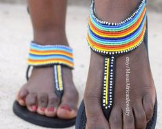 An Article To Help You Better Understand Shoes. Do you realize how many different types of shoes there are? Are you aware of how to find the greatest shoe deals? Bohemian Sandals, Bags Online Shopping, Beaded Sandals, Buy Shoes Online, Balenciaga Shoes, Greek Sandals, Cute Woman, Types Of Shoes, Beads