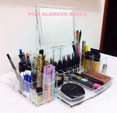 Porta Maquiagem Grande Acrílico Organizador C/ Espelho - R$ 159,90
