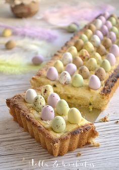 Hella & houkutus: Pääsiäisen passion-rahkapiirakka Easter Recipes, Dessert Recipes, Desserts, Just Eat It, Pastry Cake, Easter Treats, Something Sweet, Let Them Eat Cake, No Bake Cake