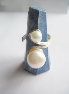 Silver Ring with Pearls ./. Two Pearls Ring ./. Bague Perles