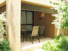 Chobe Sands - This is a lovely self-catering unit situated in a secure complex, in Sandton.  It is only a short drive to various shopping centres, restaurants and entertainment facilities.  The unit consists of one ... #weekendgetaways #johannesburg #southafrica