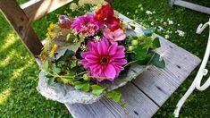 Floral Wreath, Wreaths, Home Decor, Ideas, Flower Crowns, Door Wreaths, Deco Mesh Wreaths, Interior Design, Home Interior Design