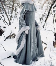 haute couture fashion Archives - Best Fashion Tips Narnia, Pretty Dresses, Beautiful Dresses, Kleidung Design, Fantasy Dress, Fantasy Hair, Fantasy Makeup, Look Girl, Princess Aesthetic