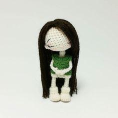Tiny amigurumi doll by Maria Karaeva @ami_dolls. (Inspiration).