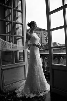 TIANNA  #wedding #marriage #weddingdress #abitodasposa #2016 #collection #sposa #bride #bridal #brides #bridalcouture #couture #bianco #blackandwhite