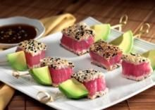Avocado and seared tuna skewers (I will *live* on these when I move to CA)