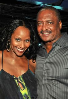 Chatter Busy: Beyonce's Dad Mathew Knowles Remarries