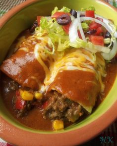 Beef Enchiritos are similar to Enchiladas Beef Recipes, Mexican Food Recipes, Dinner Recipes, Cooking Recipes, Enchilada Recipes, Enchilada Sauce, Kitchen Recipes, Kitchen Tools, Yummy Recipes