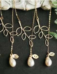 Personalized bridesmaid necklaces. lovely! @ Wedding-Day-Bliss