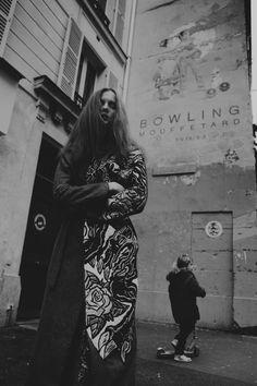 Madison Stubbington by Fanny Latour-Lambert / Grandma's Girl / Grey Magazine… Madison Stubbington, Img Models, S Girls, Girl Photography, Urban Fashion, Fashion Beauty, Kimono Top, Magazine, Grey
