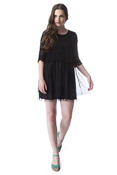 Vanilla Black Dress de Compañía Fantástica