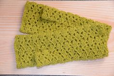 Pretty, lacy mittens, in a simple shell pattern, made in the round with thumb added. Sooooo soft and stretchy.