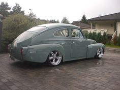 544 Volvo hot rod, like the wheels and negative camber up front