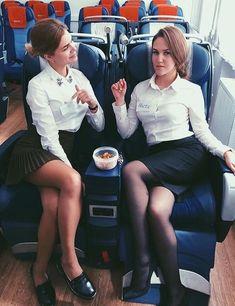 21 Slightly Racy Photos Of The Hottest Female Cabin Crew The Airlines Tried To Ban! Beautiful Legs, Beautiful Women, Flight Attendant Hot, Flight Girls, Beauty Uniforms, Pilot Training, Female Pilot, Rock Outfits, Girls Uniforms
