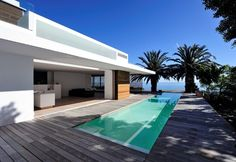 House in Camps Bay by Luis Mira Architect House plans modern plan modern house home & Design Architecture Durable, Architecture Résidentielle, Home Window Replacement, Design Exterior, Architect House, Pool Designs, Modern House Design, My Dream Home, Beautiful Homes
